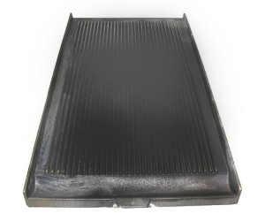 PIASTRA IN GHISA RIGATA 695x395 MM. / RIBBED PLATE IN CAST IRON 695x395 MM - 22205